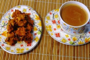 Tea with Onion Pakoda-aptso exports